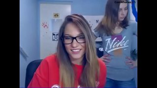 amazingbluesky and GorgeousAmber 2017-03-17 flash  Cam Whores – The Best Cam Whores on the Net